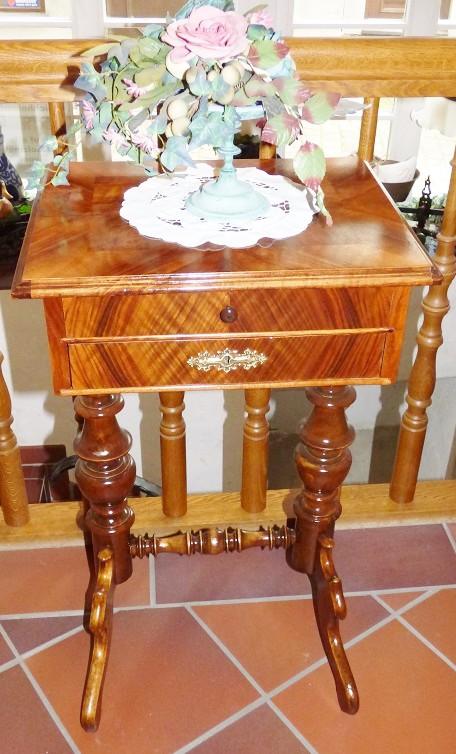 antik hohlwein tische und st hle. Black Bedroom Furniture Sets. Home Design Ideas